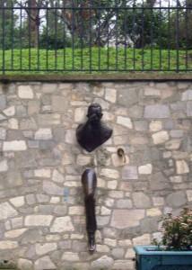 """""""La Passe Muraille statue"""""""