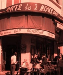 """Cafe des 2 Moulins Paris"""