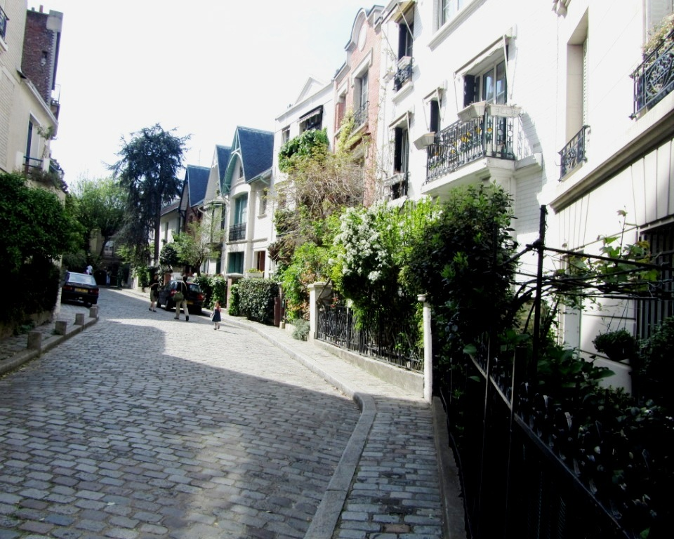 """Side street of Ave. Junot in Montmartre Paris looking like a London mews"""