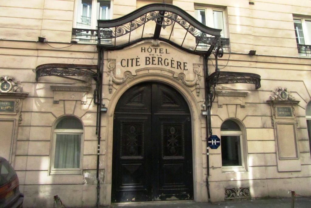 """Hotel in Paris"""