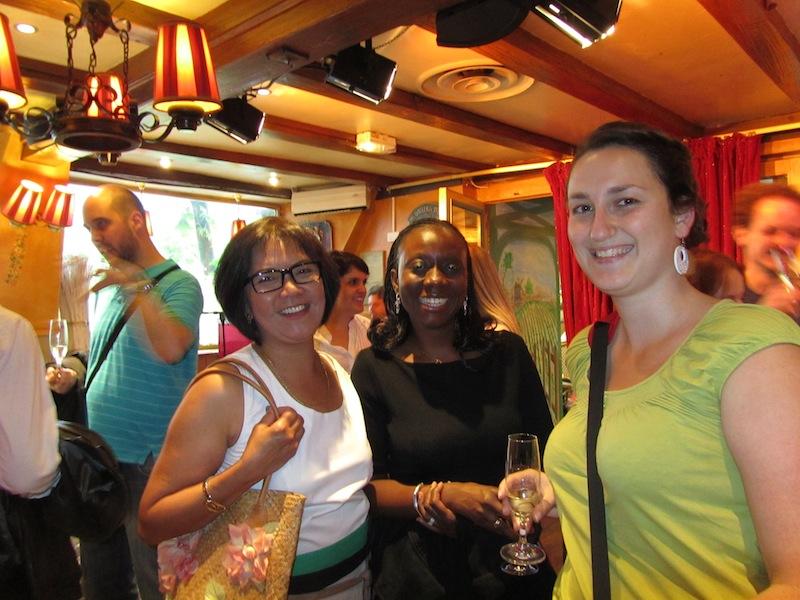 """""""Anna and me at ParisParis bloggers night at La Bonne Franquette Montmartre"""""""