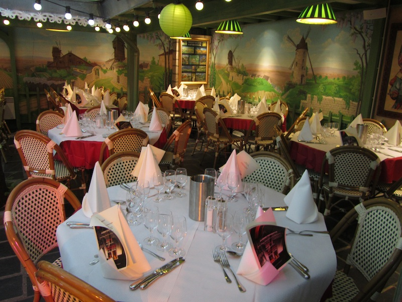 """""""More seating capacity at Restaurant La Bonne Franquette Montmartre"""""""