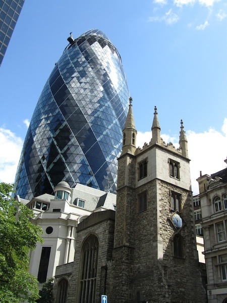 """""""The Gherkin as location point when visiting the City of London"""""""
